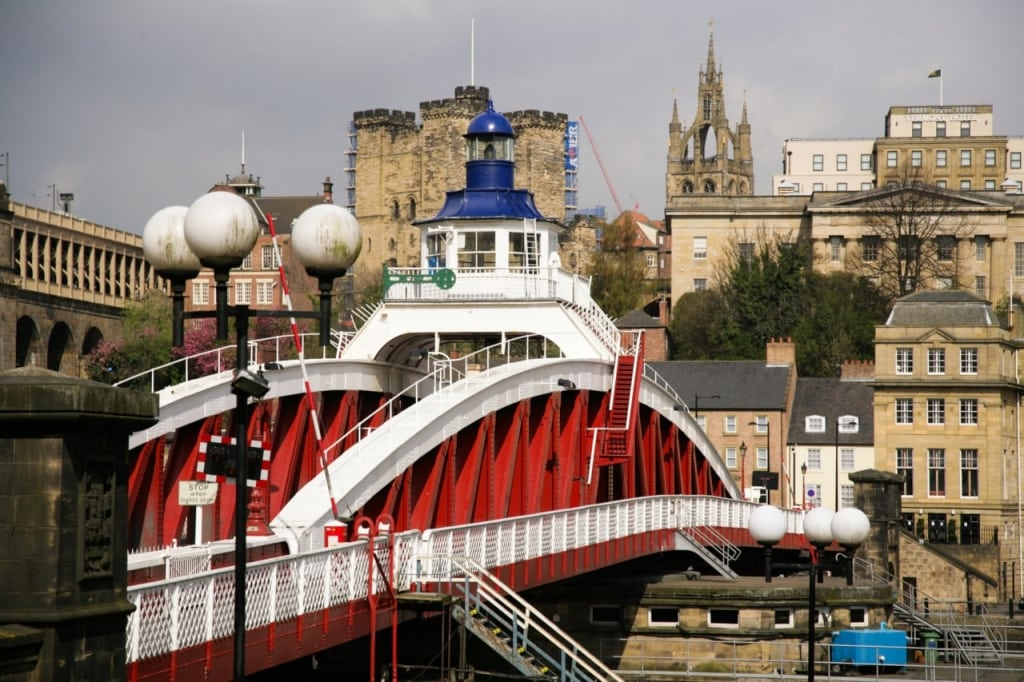 Vera Tour: Swing Bridge Quayside Newcastle