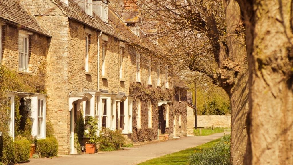 Downton Abbey Tour: Oxfordshire Cotswolds